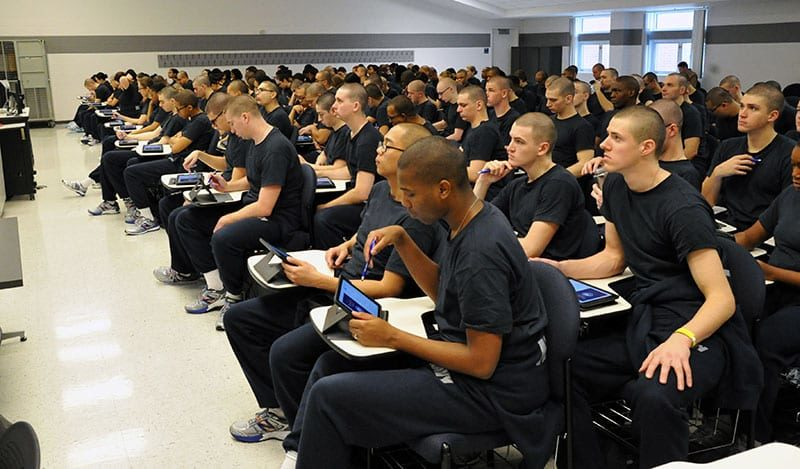 US Navy Division 093 and 094 attend a mobile learning class