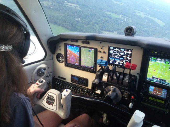 Garmin G600 panel in a Beechcraft Baron.