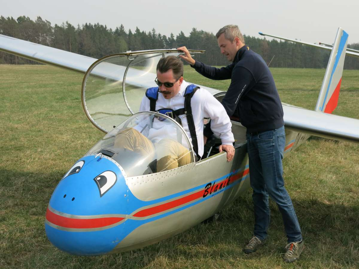 The two-seat L13 Blaník produced by Czech manufacturer Let Kunovice is the most widely used glider in the world, including by the USAF Academy.