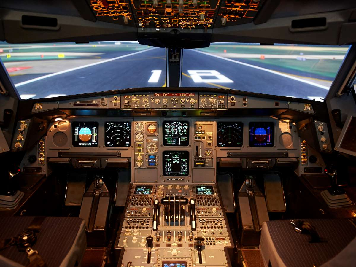 Lufthansa Aviation Training simulator interior