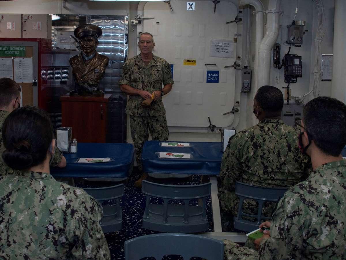 Kitchener speaking to Navy personnel