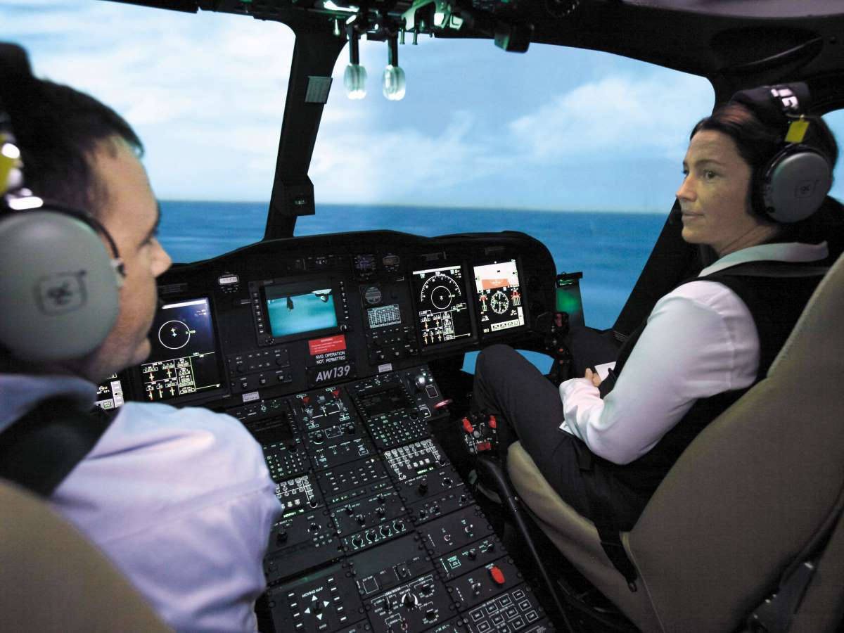 Flightsafety leonardo aw139 simulator