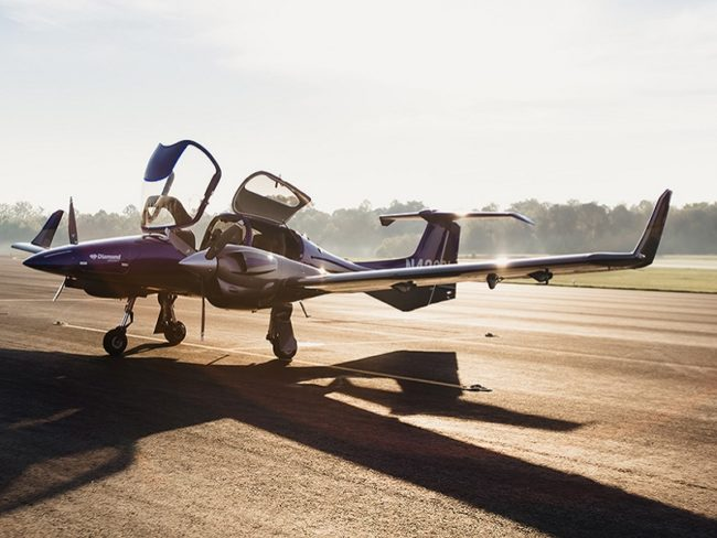 Blue Line Aviation Swoops in Order for 100 Diamond Aircraft