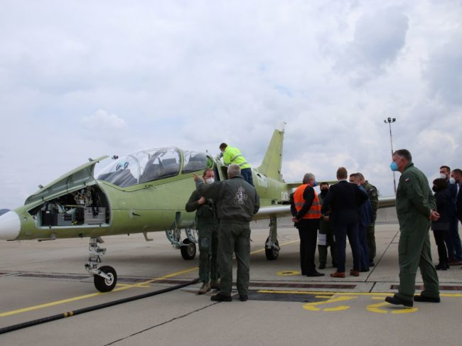 Slovak Air Force L-39NG Jet Trainer AERO Vodochody AEROSPACE