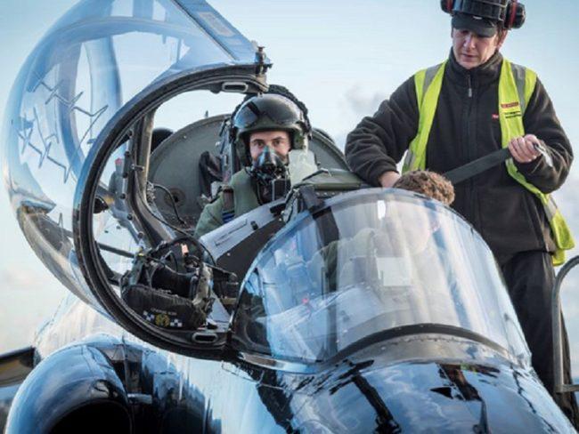 Supporting the UK-Qatar Hawk Training Squadron