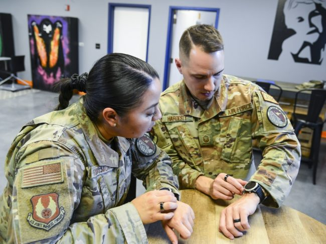 US Air Force Base Utilizes Smart Watches to Train Better Leaders