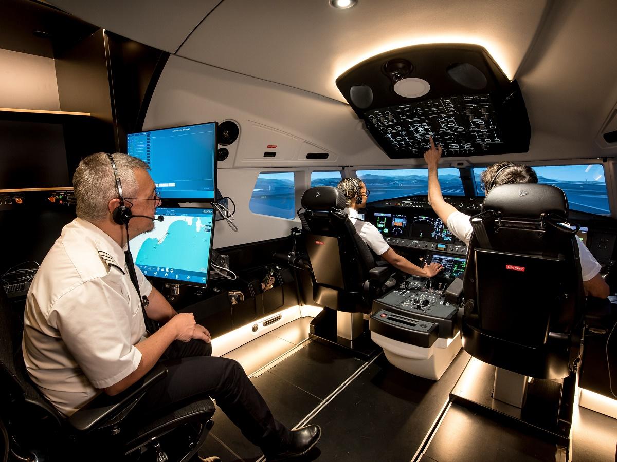 April 2021 airliner 001