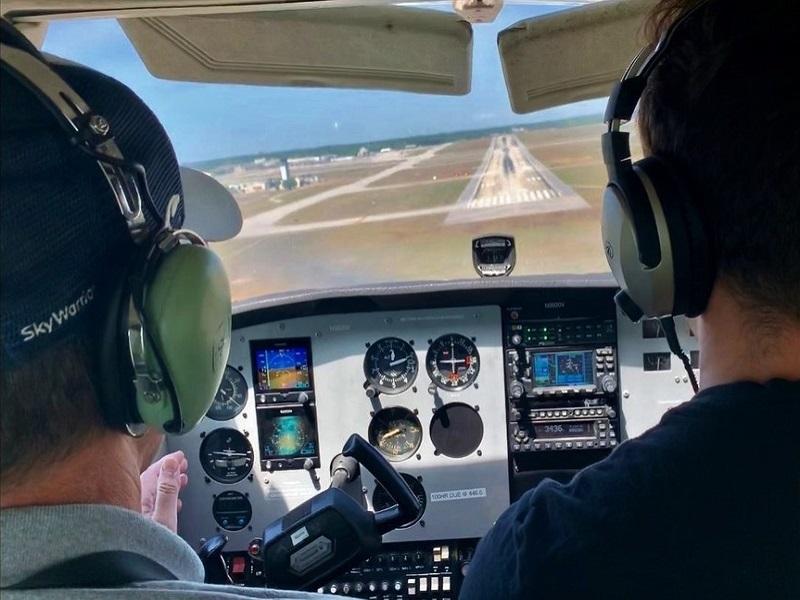 Cae obtains minority stake in skywarrior flight training