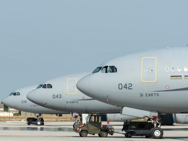 SIMAERO Wins French Air And Space Force Pilot Training Contract