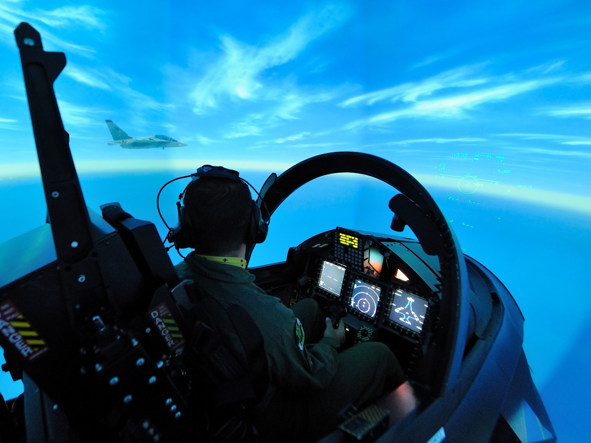 Italian air force m 346 full mission simulator