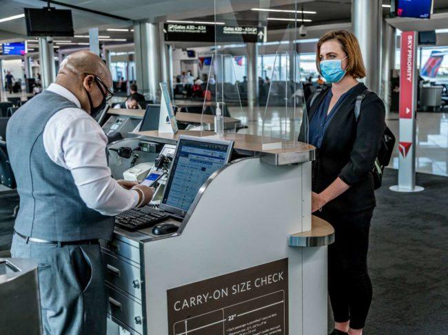 masks at the airport